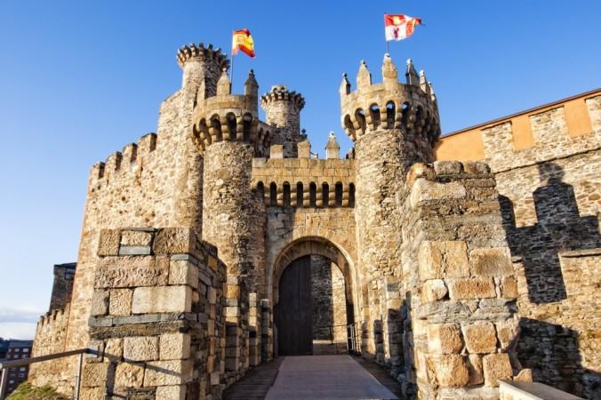 ponferrada-castillo-2-1024x682