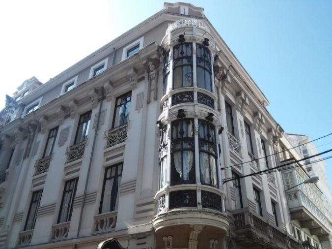 Edificio modernista barrio de La Magdalena