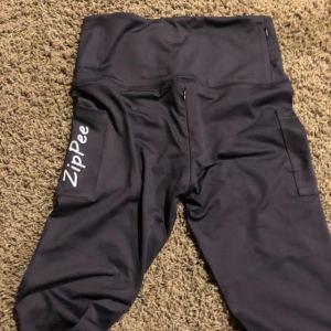 ZipPee Pants by Cathy Diaz